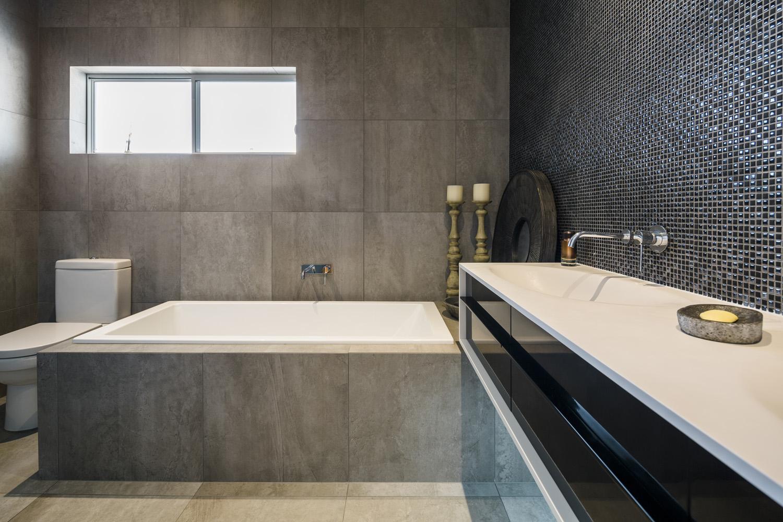tiles, Kitchen Renovation, Bathroom Renovation, House Renovation Auckland