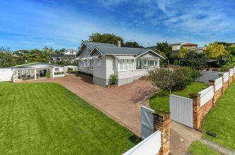 31611558crop1600x1000-2-333x220, Kitchen Renovation, Bathroom Renovation, House Renovation Auckland