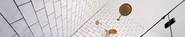 bathroom-looking-up, Kitchen Renovation, Bathroom Renovation, House Renovation Auckland